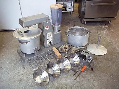 PROFI kuchyňský robot s příslušenstvím