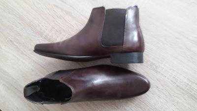 Kožené kotnikové boty