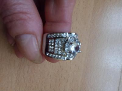 prsten postříbřený  vel 8