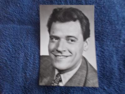 Foto Rosegnal  pohlednice Československo herec Josef Bek