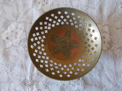 Starožitnost mosaz nádoba mísa miska dekorativní značená  Indie