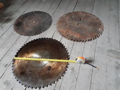 pilový kotouč na dřevo 3 kusy,průměr 60,62,56 cm