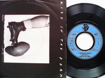 KISS IN THE DARK - Backfield In Motion / TonightMERCURY1989perfekt
