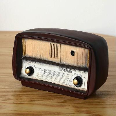 Vintage retro model tranzistorové rádio