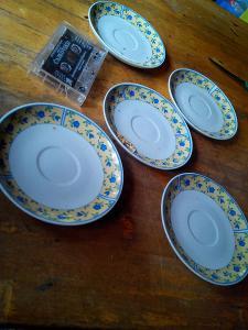 starý Porcelán -talíře- viz foto   630