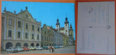 Telč - městská památková rezervace, starší auta, 1979