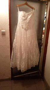 Svatební Šaty + Spodnička