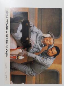 Filmová fotoska / plakátek  Zitra vstanu a parim se cajem