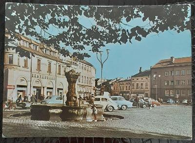 Uherské Hradiště Náměstí Klementa Gottwalda Auto Restaurace Kašna