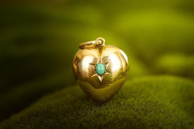 Zlaté srdce s tyrkysem 2,90g