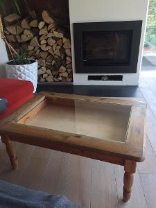 Retro stolek dřevo a sklo