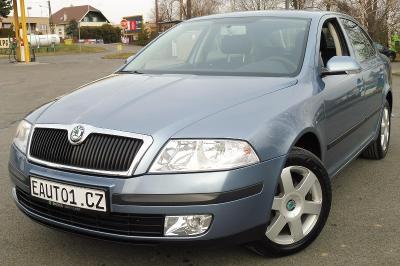 Škoda Octavia2 2007 1.6MPI 75kW KLIMATRONIC TAŽNÉ PDC ZÁRUKA ŠKODA
