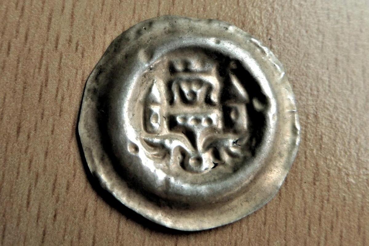 Brakteát Václav II. - stříbrná mince